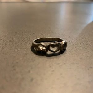 VINTAGE Silver Hearts Ring